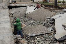 В Имеретинке восстанавливают разрушенную набережную